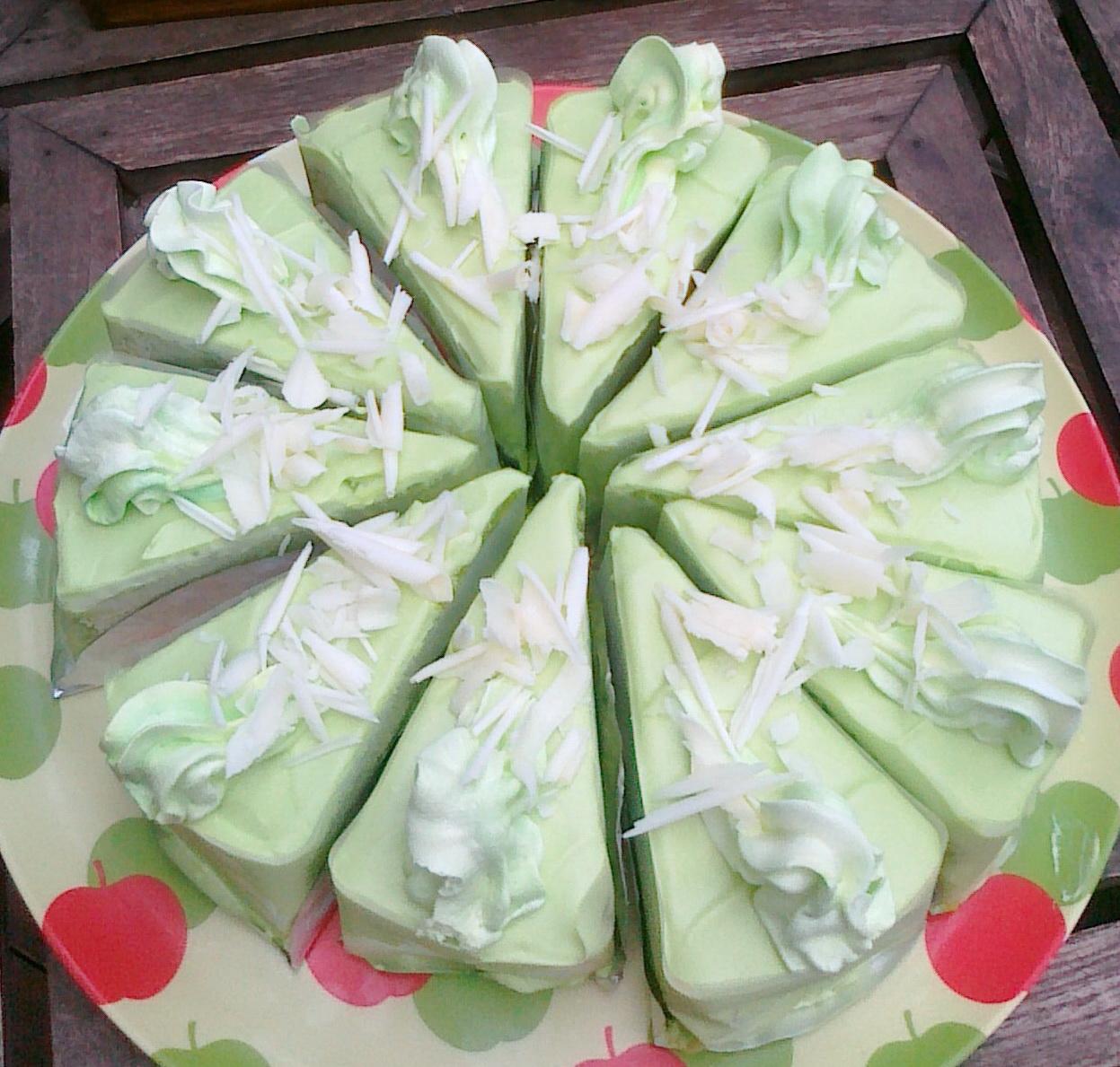 Mai Bakery กับ cake ใบเตย