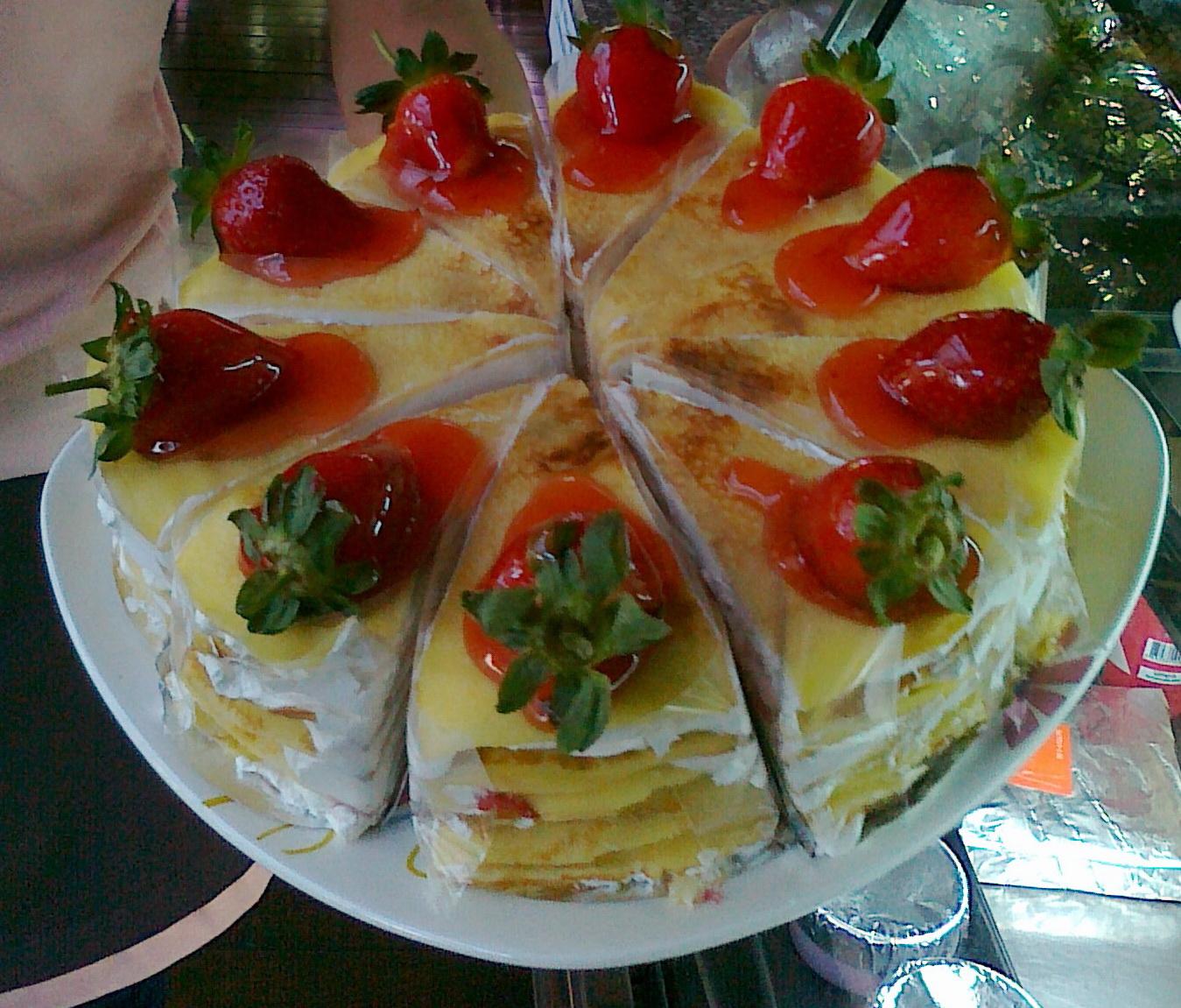 Mai Bakery กับ Strawberry Cake